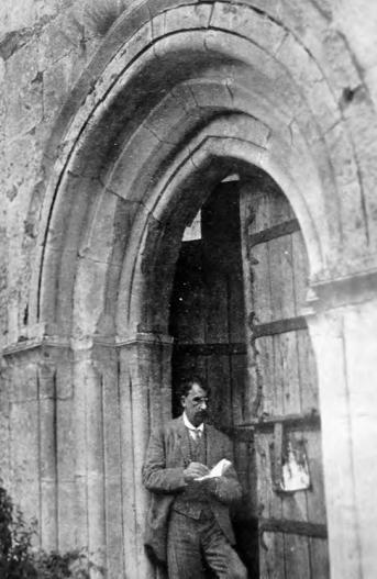 Portada de la iglesia, Igoróin, a finales del siglo XIX